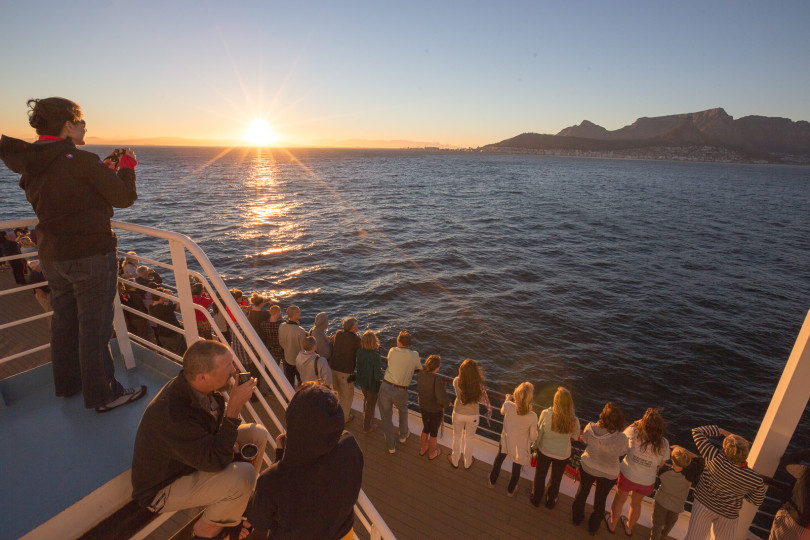 The morning of our arrival in Cape Town, students, faculty, staff, and Unreasonables on board the Explorer got up early to witness beautiful sunrise over Table Mountain.